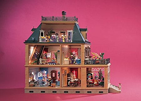 Playmobil Victorian Mansion. Photo credit: Playmobil